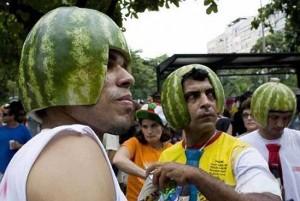 melonenhelme protest